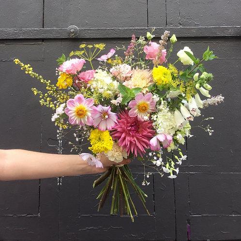 Bouquet pastel de fleurs fraiches