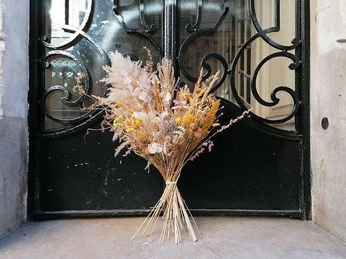 Bouquet clair de fleurs séchées