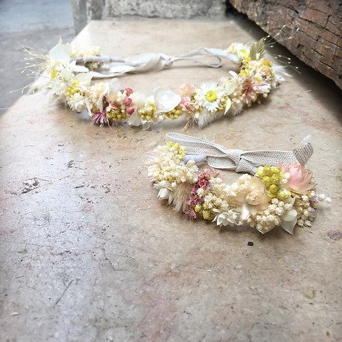 Couronne de tête de fleurs séchées