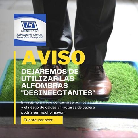 ¿Recomiendan las evidencias usar alfombras desinfectantes en las entradas de los locales?