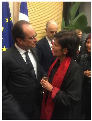 Rencontre à l'Ambassade de France en Chine : Christine Cayol présente au Président François Holl