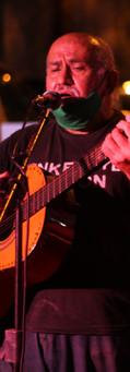 Pachín Centurión compartiendo canciones