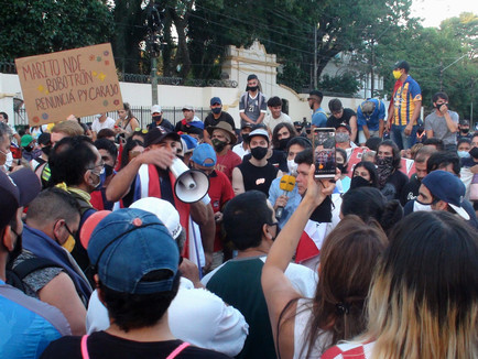 Paraguayndemia: desconexiones entre la crisis y el arte