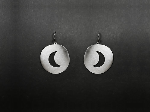 Dangle earrings cut out moon