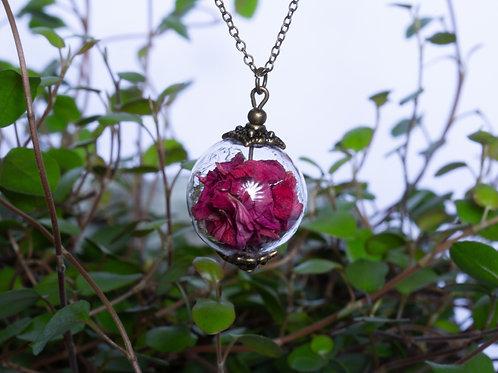 Unique flower necklace No. 36