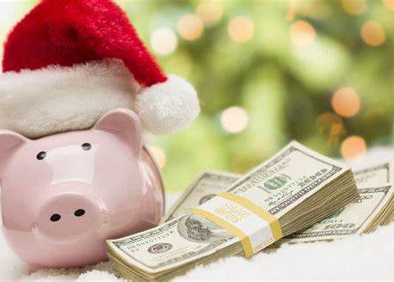 Savvy ways to save at Christmas