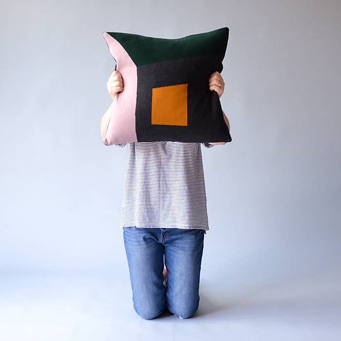 Land pink/green cushion cover