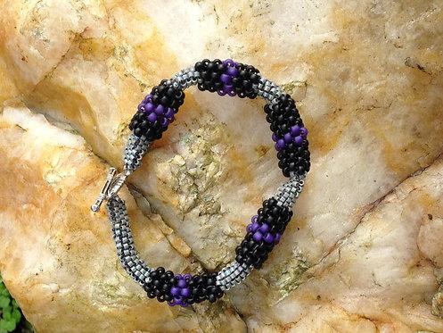 Sunday, April 10th: Tubular Peyote Bracelet FREE