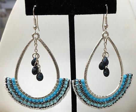 Friday, November 22th : Beginner Brick Stitch Earrings