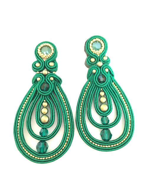 Thursday, January 16th: Light Soutache Earrings