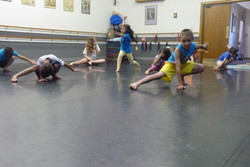 Wushu drop stance