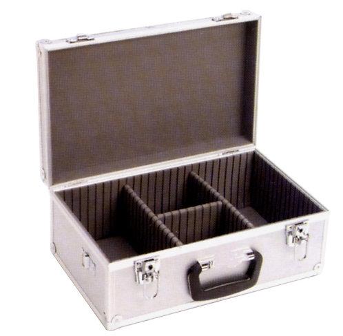Valigetta in alluminio con maniglia e tracolla