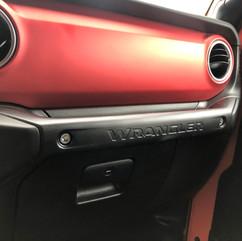 2020 Jeep Wrangler Dash.jpg