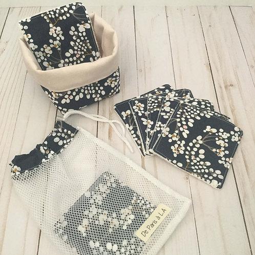 Set of Wipes, Basket and Travel Bag