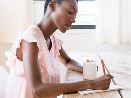 Author Life: 3 Ways to Stay Inspired When Writing