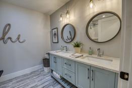 016-Bathroom.jpg