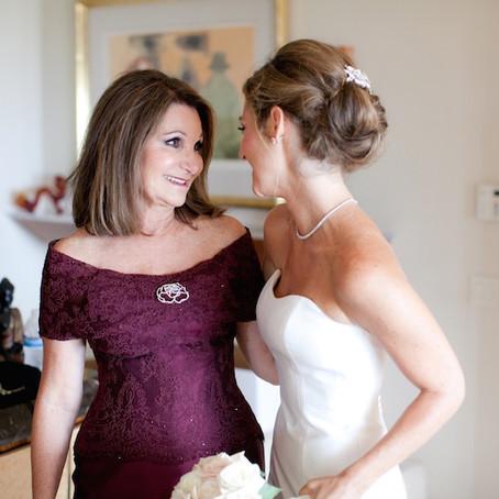 子供の結婚式。ドレスにしたいけど、黒留袖を着ないとダメ?
