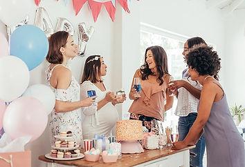 baby-shower-gift-ideas-header_w555_h555.