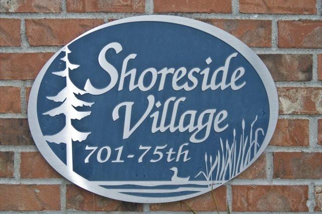 Shoreside Village 19