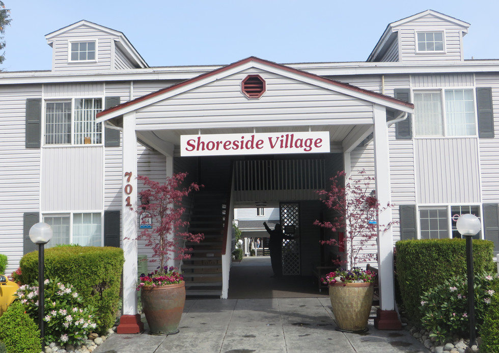 Shoreside Village 10