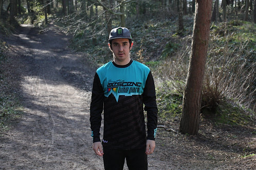 DANNY HART'S DESCEND COLLAB JERSEY
