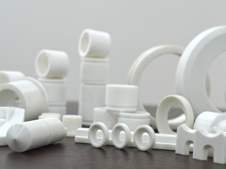 Finished parts made of PLASTMASS PET (bushings, bearings)