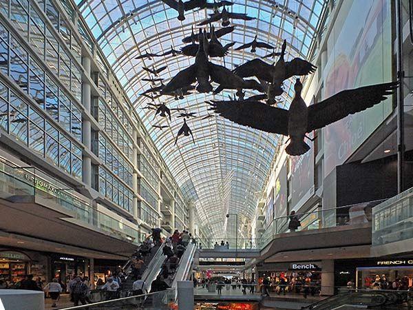 Toronto-Eaton-Centre.jpg