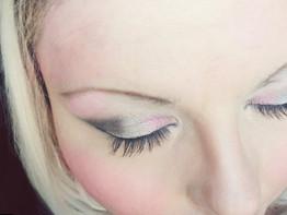 Maybelline Pink Persuasian eye quad