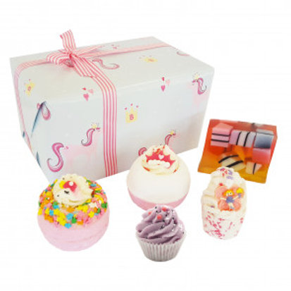 SPRINKLE OF MAGIC GIFT PACK - BOMB COSMETICS