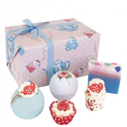 TIME FOR TEA GIFT PACK - BOMB COSMETICS