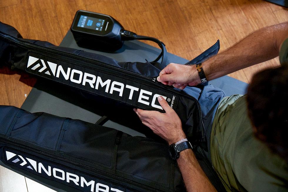 normatec-gym-bootzip-1574756384.jpg