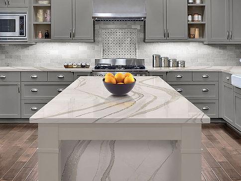 Kitchen-quartz-countertop-resembles-marb