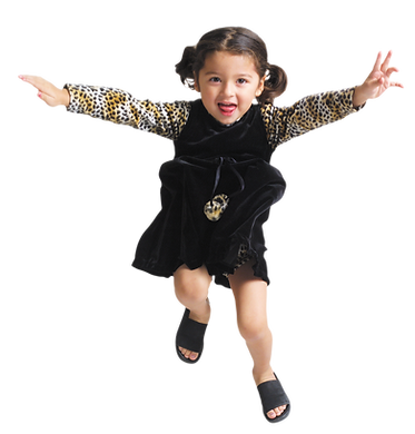 girl_jumping_by_jabernoimi_d94f81u-pre.p