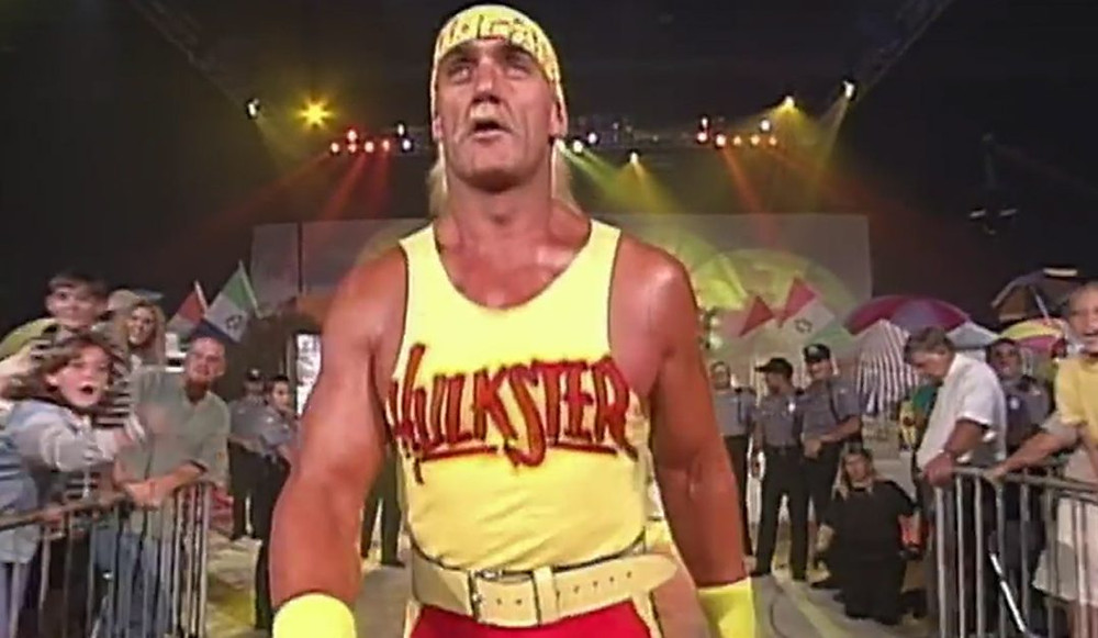 Hulk Hogan Walks To The Ring at WCW Bash At The Beach on June 7, 1996 to form The NWO
