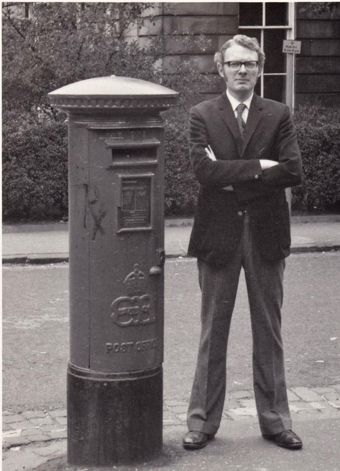 1971 PhD student in Glasgow Scotland.jpg