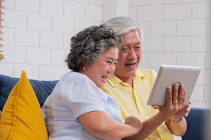 grandparents-facetime.jpg