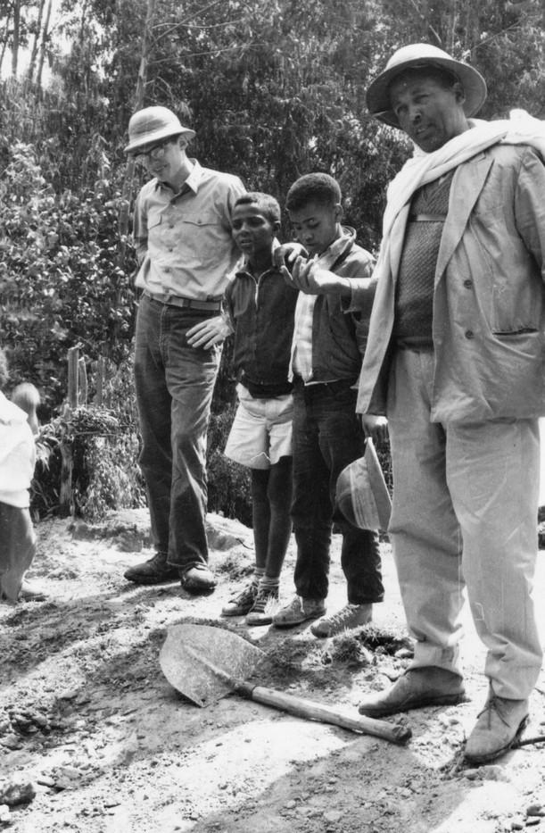 1965 Peace corps visit.jpg
