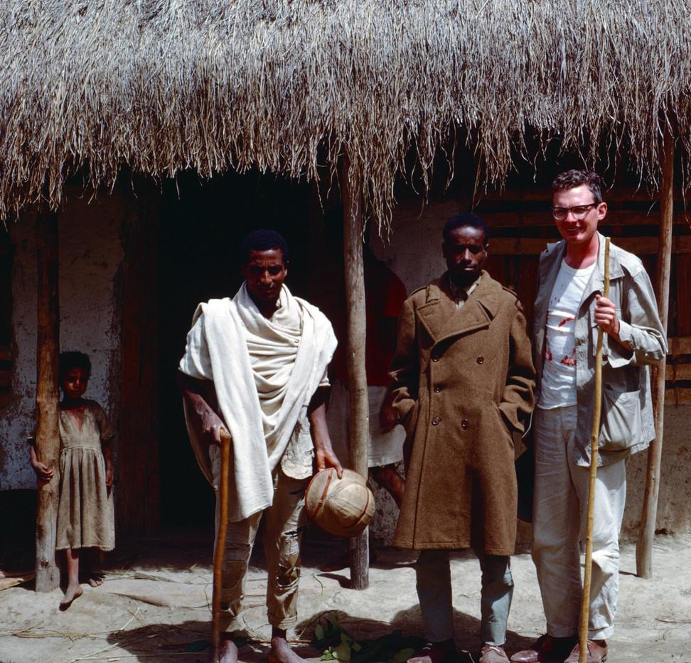 1965 Villagers at Winchi.jpg