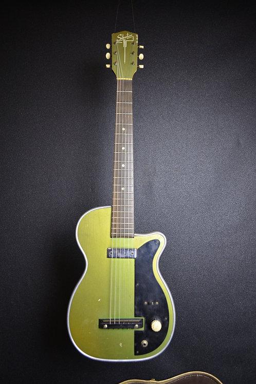 1956 Harmony/Silvertone H42/2 Stratotone Newport