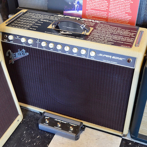 Fender Super-Sonic amp