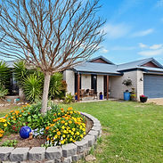 498 Roona Front House.jpg