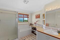 239 Hendon Deuchar Bathroom.jpg