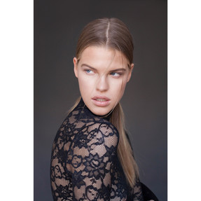 makeup artist fashion