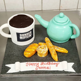 My kind of birthday cake_Fondant tea pot