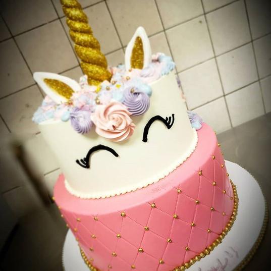 Pink Unicorn cake🦄__#endlesscreationsca