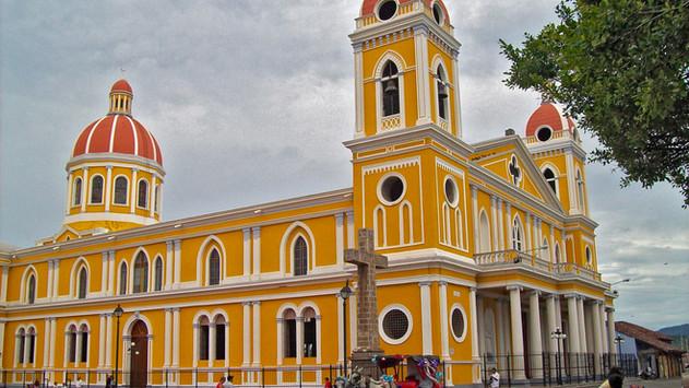 Catedral_de_Granada,_Nicaragua.jpg