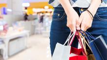 64% dos brasileiros preferem fazer compras em lojas físicas