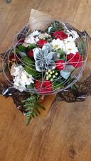Bouquet rond avec osier