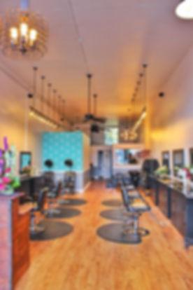 Seattle Hair Stylist at R & R Studio
