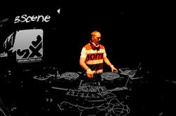 B-Scene